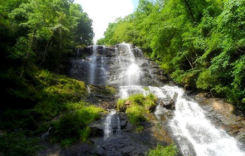 Amicalola Falls: The tallest waterfall in the southeast