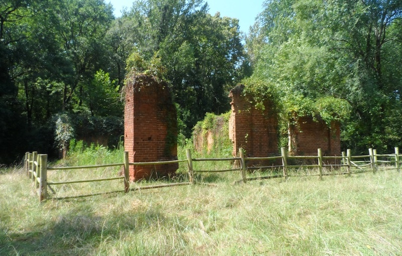 The abandoned Scull Shoals mill village: Deep in the OconeeForest