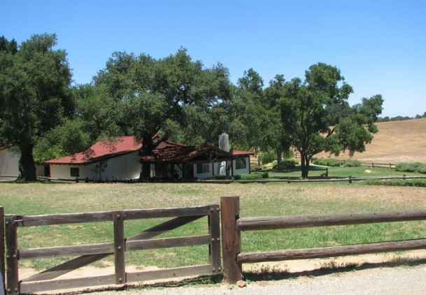 ranch-house3