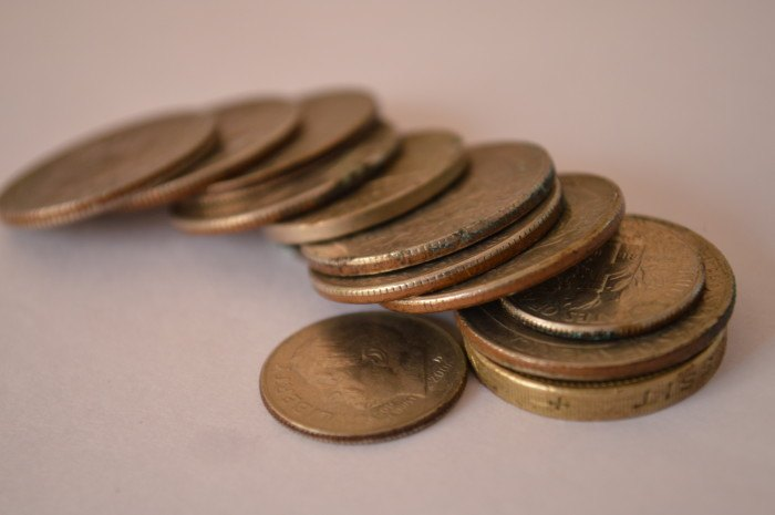 76-array-of-coins-700x465